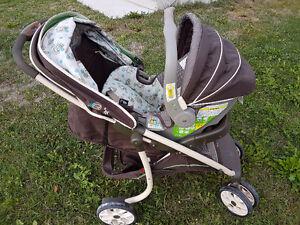 Stroller/ car seat travel system Gatineau Ottawa / Gatineau Area image 4