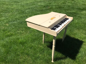 Vintage kids piano