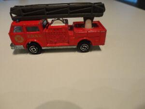 Majorette Pompier # 207 Fire truck Vintage