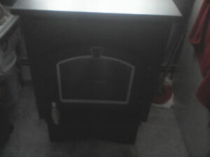 FOR SALE - pellet stove --- POSTING FOR A FRIEND