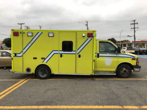 2013 FORD E-350 AMBULANCE DIESEL FULLY CERTIFIED