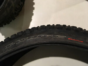 "specialized purgatory mtb tire 26x2.2"" (tubeless ready)"