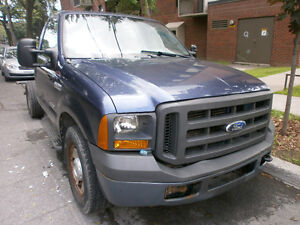 2005 Ford F-250 super stroke Pickup Truck