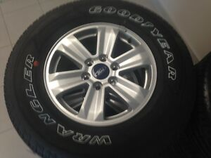 265/70R17 2015 Ford F150 tires, Rims, TPMS! Windsor Region Ontario image 1
