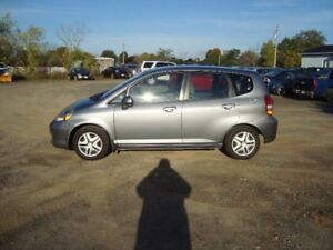 2008 HONDA FIT HATCHBACK 4DR $4500  TAX IN CHANGED INTO UR NAME