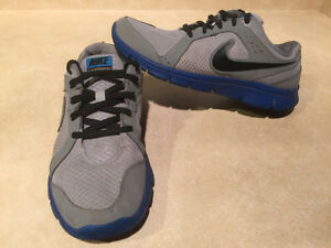 Youth Nike Flex Experience RN 2 Running Shoes Size 7 Y