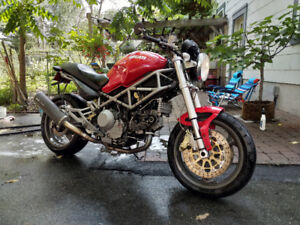 Ducati Monster 1000 sie 2004