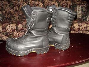 "DAKOTA 10"" CTCP Oil Transitional Boot Size 10 MARKS"