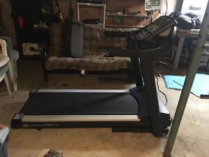 Xterra 980 pro series treadmill