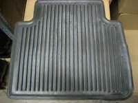 Nissan Murano Passenger Rear Rubber Floor Mat (Used OEM)