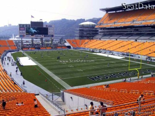 (2) Steelers vs Seahawks Tickets Lower Level Under Cover!!