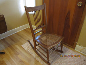 Chaise ber ante buy sell items tickets or tech in for Chaise bercante kijiji