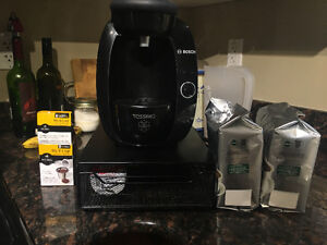 Like new Tassimo with all accessories