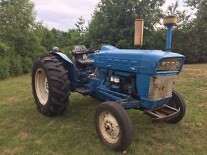 FORD 3000 DIESEL TRACTOR