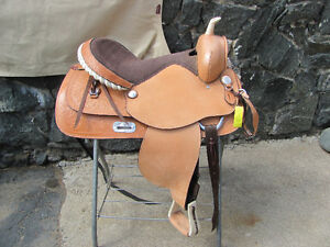 "Western 17"" trail saddle"