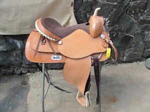 "Western 17"" trail saddle"