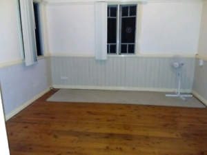 Large room ready to rent