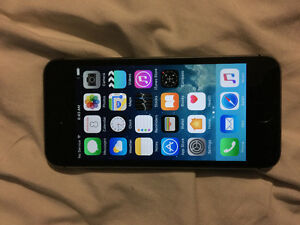 iPhone 5s 16GB locked to bell