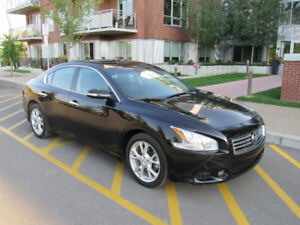 Black 2014 Nissan Maxima - Accident free!