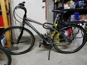 Mens Giant Cypress hybrid bike