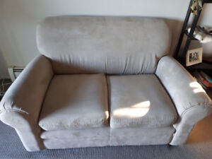 MicroFiber Loveseat -Text only I will not answer emails