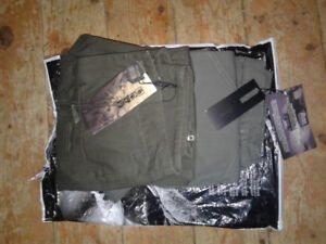 2 pair, new with tags, Esdy camo pants size 29. (Both camo green