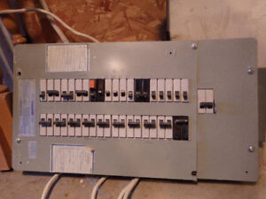100 Amp Electrical panel- full of Bolt on breakers