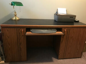 Good condition office desk