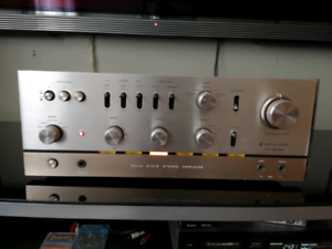 KENWOOD KA-8004 TOP OF THE LINE LIKE SUPREME SOUNDS EXCELLENT