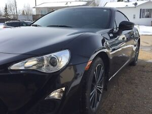 2013 Scion FR-S.   mechanic maintained. Low Km's