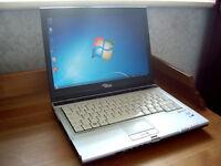 "Poss2Deliver - Fujitsu S-Series 15"" Laptop - Intel 2.4Ghz - Wifi - DVD-RW - Long Battery"