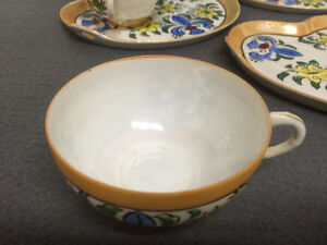 Collectible Antique Antique Hand Painted Cups & Plates London Ontario image 6
