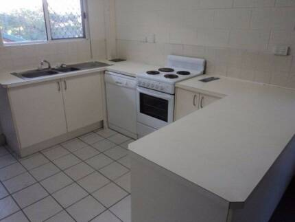 AFFORDABLE & CONVENIENT Cannonvale Whitsundays Area Preview