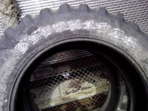 18.4r42 Firestone tractor radial tires