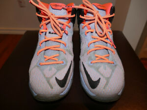 LEBRON XII-12 EASTER ALUMINUM SUNSET GLOW HOT LAVA BLACK SIZE 4Y
