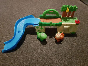 Fisher-Price jungle track