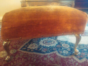 VINTAGE / ANTIQUE OTTOMAN WITH DESIGNED METAL LEGS