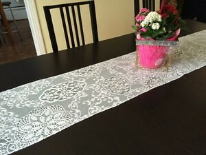 Ivory lace table runners West Island Greater Montréal image 3