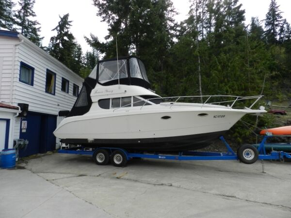 Used 1995 Silverton Marine 312 Command Bridge