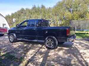 2005 Dodge Ram club cab 4x4