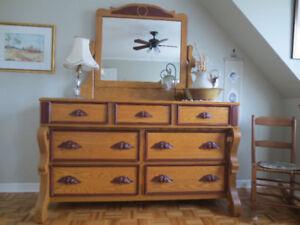 reproduction de mobilier de chambre antique en frêne massif