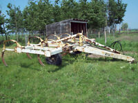 TAR WAGON /FORK LIFT/SWEEPER/Cultivator