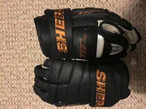 Sherwood Hockey Gloves $50