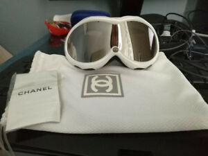 Chanel ski goggles (BRAND NEW)