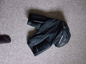 Bauer 0ne95 Hockey Equipment  (shoulder pads&pants)