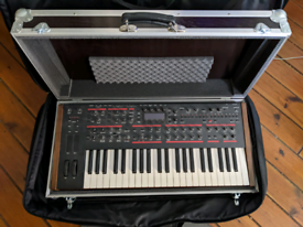 Dave Smith Pro 2 synthesizer with custom Thon flight case - mint
