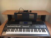 Yamaha PSR S670 61 Key Keyboard