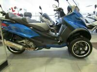 PIAGGIO MP3 500 CAN BE RIDDEN ON A CAR DRIVING LICENCE ABS