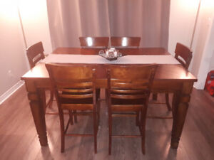 7 piece holland dining set with leaf.