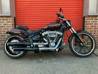 HARLEY DAVIDSON BREAKOUT 114 2018, 1,681 MILES, ABSOLUTELY MINT
